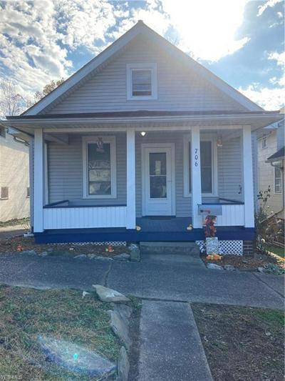 706 E MONTGOMERY ST, Marietta, OH 45750 - Photo 1