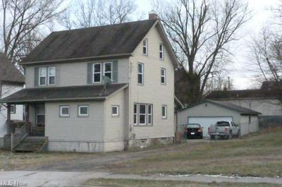 406 ELM ST, Struthers, OH 44471 - Photo 2