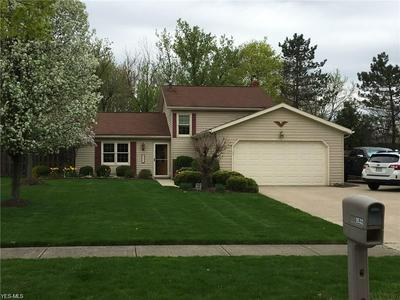 9532 CHARNEY CIR, Olmsted Falls, OH 44138 - Photo 1
