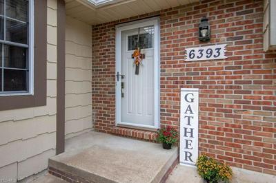 6393 BLOSSOMWOOD CIR NE, Canton, OH 44721 - Photo 2