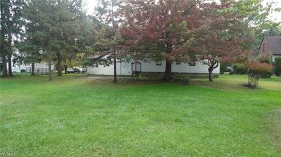 1625 E RIDGEWOOD DR, SEVEN HILLS, OH 44131 - Photo 2