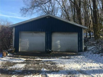 40690 OSBOURNE RD, Wellsville, OH 43968 - Photo 2