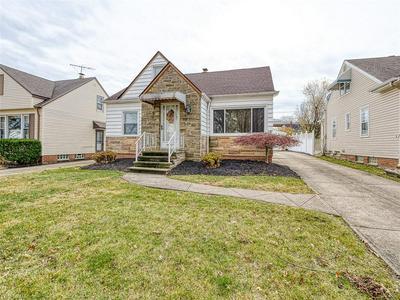 13704 OAKVIEW BLVD, Garfield Heights, OH 44125 - Photo 2