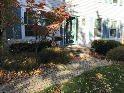 28204 KNICKERBOCKER RD, Bay Village, OH 44140 - Photo 2