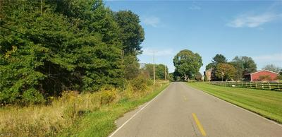 6498 MCGUFFEY RD, Lowellville, OH 44436 - Photo 2