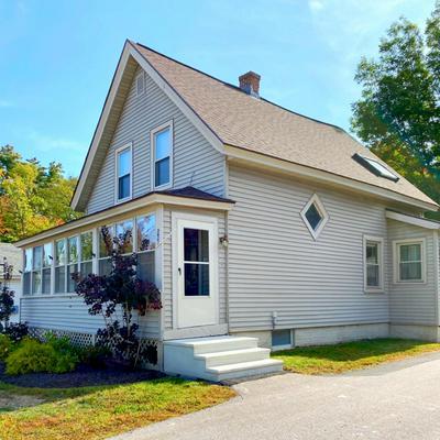 543 MANCHESTER RD, Auburn, NH 03032 - Photo 2