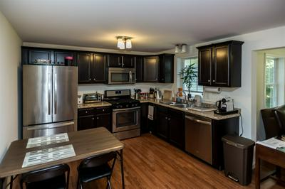 138 EXETER RD APT 20, Epping, NH 03042 - Photo 2