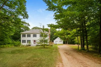 39 GRIFFIN RD, Deerfield, NH 03037 - Photo 1