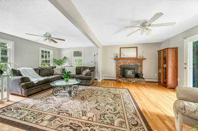 366 WHITNEY AVE, Manchester, NH 03104 - Photo 2