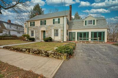 293 ROCKLAND ST, Portsmouth, NH 03801 - Photo 2