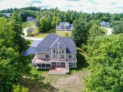 8 NORTHVIEW TER, Hooksett, NH 03106 - Photo 2