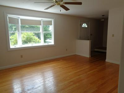 2 GLENERIN LN, Exeter, NH 03833 - Photo 2