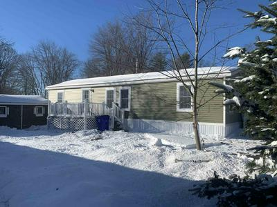 15 LINDENSHIRE AVE, Exeter, NH 03833 - Photo 1