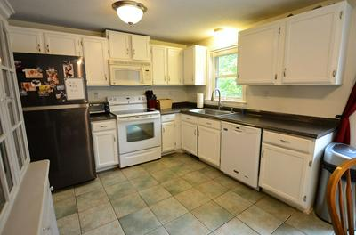 11 SUMMIT AVE, Derry, NH 03038 - Photo 2