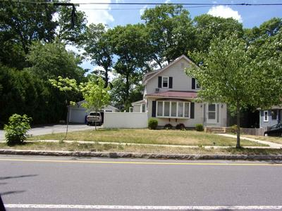 832 MAPLE ST, Manchester, NH 03104 - Photo 1