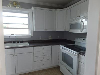 31 RIDDLE ST # 2, Manchester, NH 03102 - Photo 2