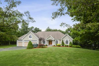 5 DUNRAVEN RD, Windham, NH 03087 - Photo 2
