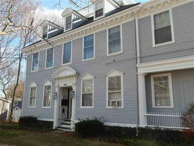 599 MIDDLE ST APT 7, Portsmouth, NH 03801 - Photo 1