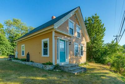 10 OLD MANCHESTER RD, Raymond, NH 03077 - Photo 2