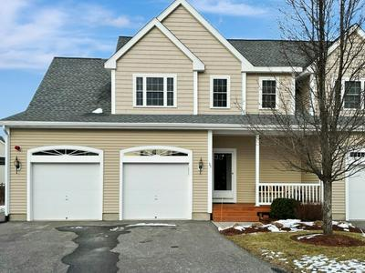 35 HANNA CIR, Merrimack, NH 03054 - Photo 1