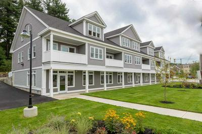 42 STATE ROAD 202, KITTERY, ME 03904 - Photo 1