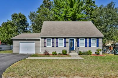 19 THORNDIKE ST, Nashua, NH 03060 - Photo 2