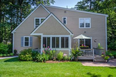4 HAMPSHIRE DR, Concord, NH 03301 - Photo 2