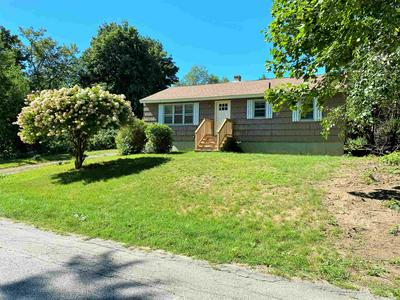 5 LEARY CT, Exeter, NH 03833 - Photo 1