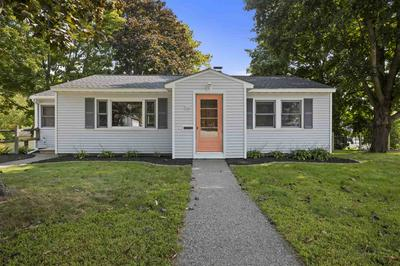 568 MIDDLE RD, Portsmouth, NH 03801 - Photo 2