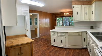 5 VINDALE RD, Hooksett, NH 03106 - Photo 2