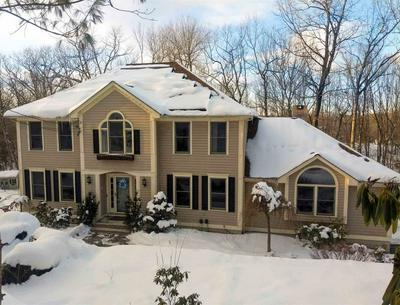 104 CASTLE HILL RD, Windham, NH 03087 - Photo 1