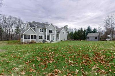 4 HIGH MEADOW LN, Amherst, NH 03031 - Photo 2