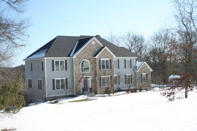 63 CEDAR CREST LN, Auburn, NH 03032 - Photo 2