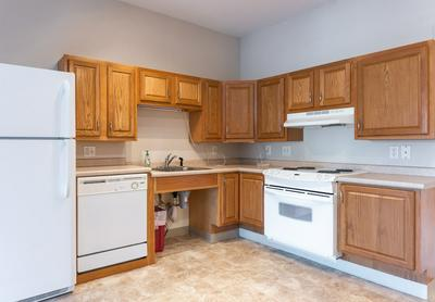 18 HARBOR AVE APT 105, Nashua, NH 03060 - Photo 2