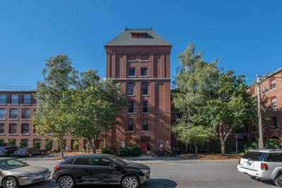 470 SILVER ST APT 101, Manchester, NH 03103 - Photo 1