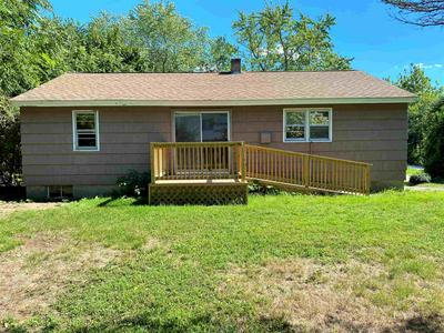 5 LEARY CT, Exeter, NH 03833 - Photo 2