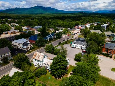 27 PLEASANT ST, Conway, NH 03818 - Photo 2