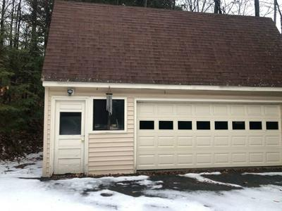 530 MORGAN RD, Hartford, VT 05059 - Photo 2