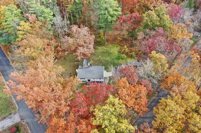 9 HEATHER DR, Bedford, NH 03110 - Photo 2
