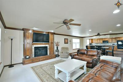 1008 COLONIAL PKWY, Clovis, NM 88101 - Photo 2