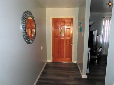 713 CLOVIS AVE, GRANTS, NM 87020 - Photo 2