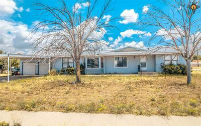 740 S 5TH ST, Jal, NM 88252 - Photo 2