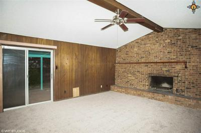1211 S MICHIGAN AVE, Roswell, NM 88203 - Photo 2