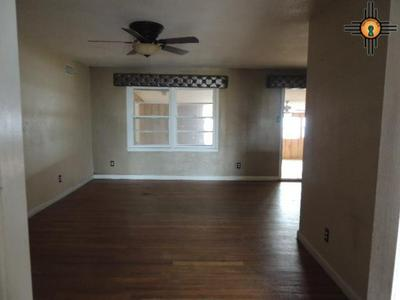701 W AVENUE H, LOVINGTON, NM 88260 - Photo 2