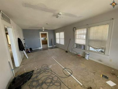 114 W 4TH ST, Portales, NM 88130 - Photo 2