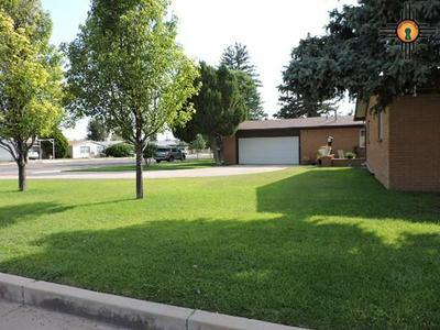 823 MAPLE ST, Clayton, NM 88415 - Photo 2