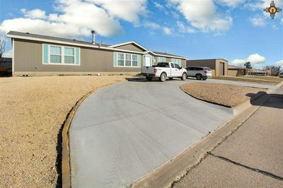 815 HILLCREST DR, Jal, NM 88252 - Photo 2