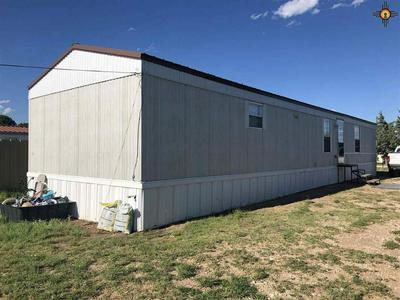 808 S 5TH ST, LOVINGTON, NM 88260 - Photo 2