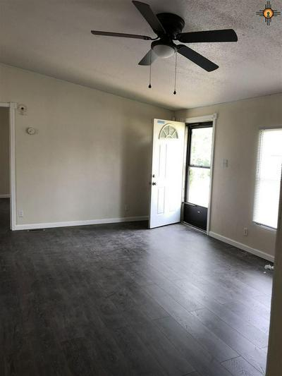 805 N 1ST ST, LOVINGTON, NM 88260 - Photo 2