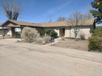 820 GUNNISON AVE, GRANTS, NM 87020 - Photo 1